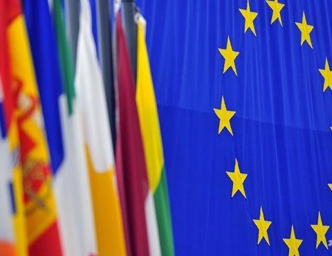 EU nhận nhập siêu mạnh từ Việt Nam
