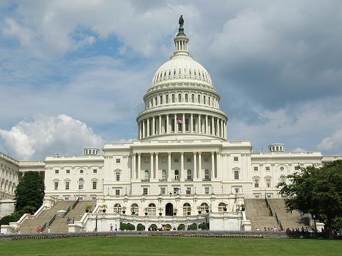 Uy tín của Tổng thống và Quốc hội Mỹ xuống thấp kỷ lục