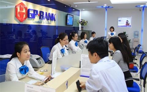 """Ngân hàng """"ngoại"""" muốn mua cổ phần chi phối ngân hàng Việt yếu kém"""