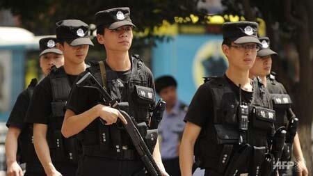 Trung Quốc: Đồn cảnh sát Tân Cương bị tấn công, 11 người chết