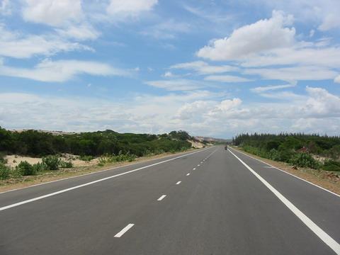 Làm đường cao tốc ở Việt Nam đắt gấp 4 lần Mỹ