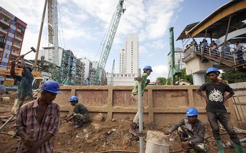 """Việt Nam, """"bài học kinh tế cho Myanmar"""""""