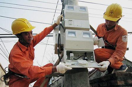 Vì sao EVN liên tục thoái toàn bộ vốn tại các công ty điện?