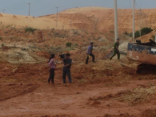 Vỡ hồ chứa bùn đỏ: Hé lộ nhiều khuất tất
