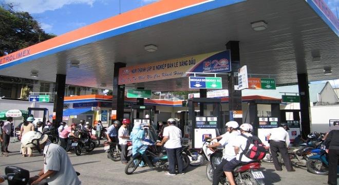 Doanh nghiệp ngoại được kinh doanh xăng dầu?