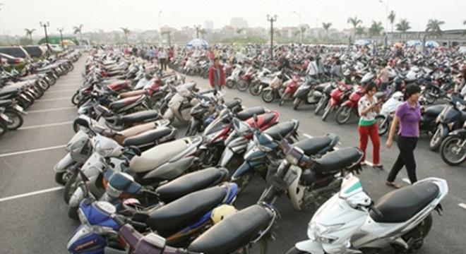 Nhiều loại ô tô, xe máy vào diện rủi ro về giá