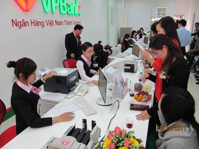 VPBank lý giải việc thoái vốn của OCBC
