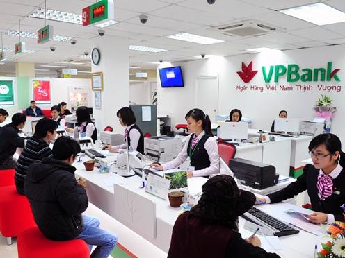 Ba nhà đầu tư Việt chi đậm 55,5 triệu USD mua lại 15% cổ phần VPBank