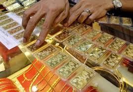 Giá vàng lên 35,3 triệu đồng/lượng, chênh lệch mua bán thu hẹp