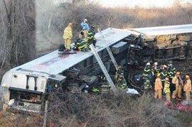 Tai nạn tàu hỏa kinh hoàng tại New York, ít nhất 4 người chết