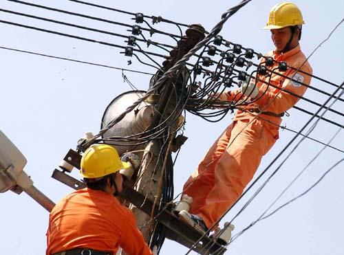 Bloomberg: Kinh tế Việt Nam bị đe dọa do thiếu điện