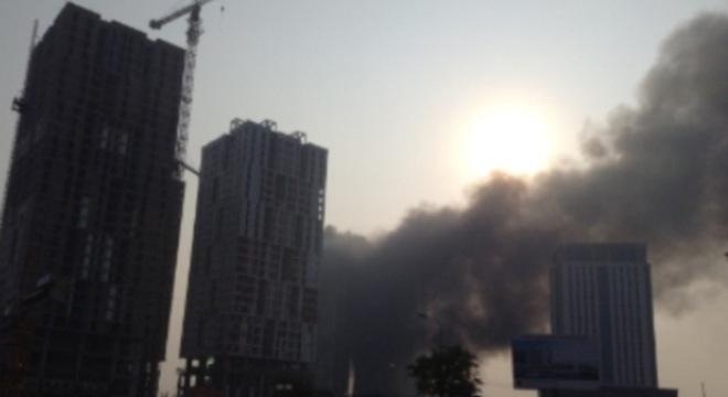 Hà Nội: Cháy ngùn ngụt tại khu đô thị An Hưng
