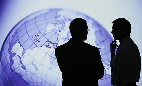 Đổ tiền ra nước ngoài, nhà đầu tư Việt còn lạc lõng