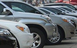 Sức mua ôtô bất ngờ chững lại