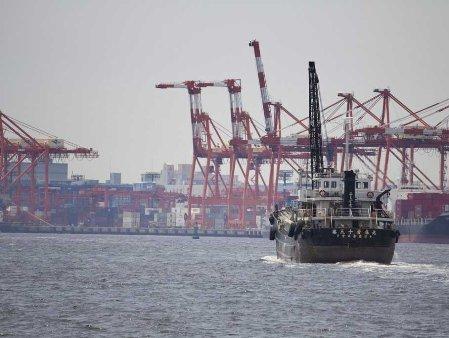 Thâm hụt thương mại Nhật Bản tháng 11 lên kỷ lục