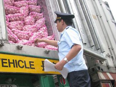 Hàng Trung Quốc ồ ạt chảy vào Việt Nam