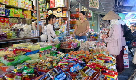 Bánh-kẹo, thực-phẩm, hàng-Tết, nhập-lậu, bán-hàng, Tết
