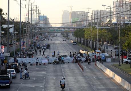 Phe biểu tình Thái Lan bắt đầu chiến dịch
