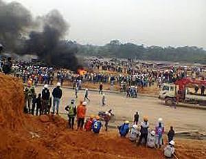 Vụ xô xát tại Samsung Thái Nguyên: Bài học từ vụ bạo loạn tại nhà máy Foxconn