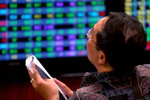 """Gãy """"tứ trụ"""", VN-Index quay đầu sau chuỗi tăng 12 phiên liên tiếp"""