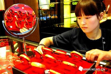 """""""Cơn sốt"""" vàng ở Trung Quốc sắp hạ nhiệt?"""
