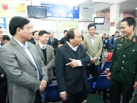 Phó Thủ tướng và Bộ trưởng Đinh La Thăng thăm hỏi, động viên