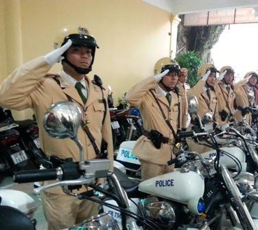 Cảnh sát giao thông không có thưởng Tết!