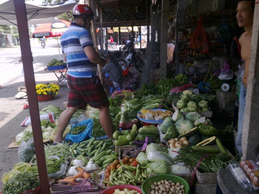 TP.HCM: Giá thực phẩm sau Tết có xu hướng giảm