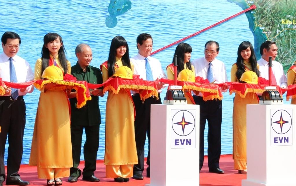 Khánh thành dự án cáp ngầm xuyên biển dài nhất Đông Nam Á