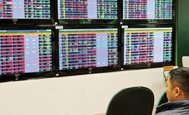 Doanh nghiệp chạy đua vay vốn bằng cổ phiếu