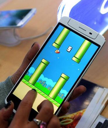 Phó Thủ tướng gặp gỡ tác giả trò chơi Flappy Bird