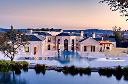 """Dinh thự 70 triệu USD """"đẹp như mơ"""" của đại gia bất động sản"""
