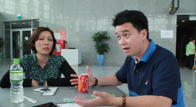 """Đà Nẵng: Vietnam Airlines đối xử với khách như """"xe dù"""""""