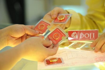 Giá vàng tăng mạnh sát mức 37 triệu đồng/lượng