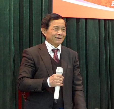 Phó Chủ nhiệm UB Kinh tế Mai Xuân Hùng trong buổi họp báo sáng nay của KTNN