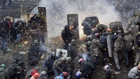 EU nhất trí trừng phạt Ukraine sau ngày đẫm máu