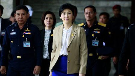 Nữ Thủ tướng Thái đối mặt với cuộc