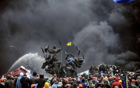 Vì đâu kinh tế Ukraine quay cuồng trong khủng hoảng?