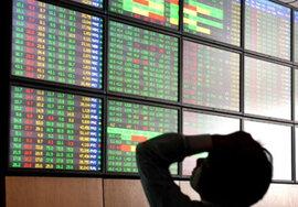 """Nhà đầu tư ngoại """"tháo chạy"""", chứng khoán chìm ngập trong sắc đỏ"""