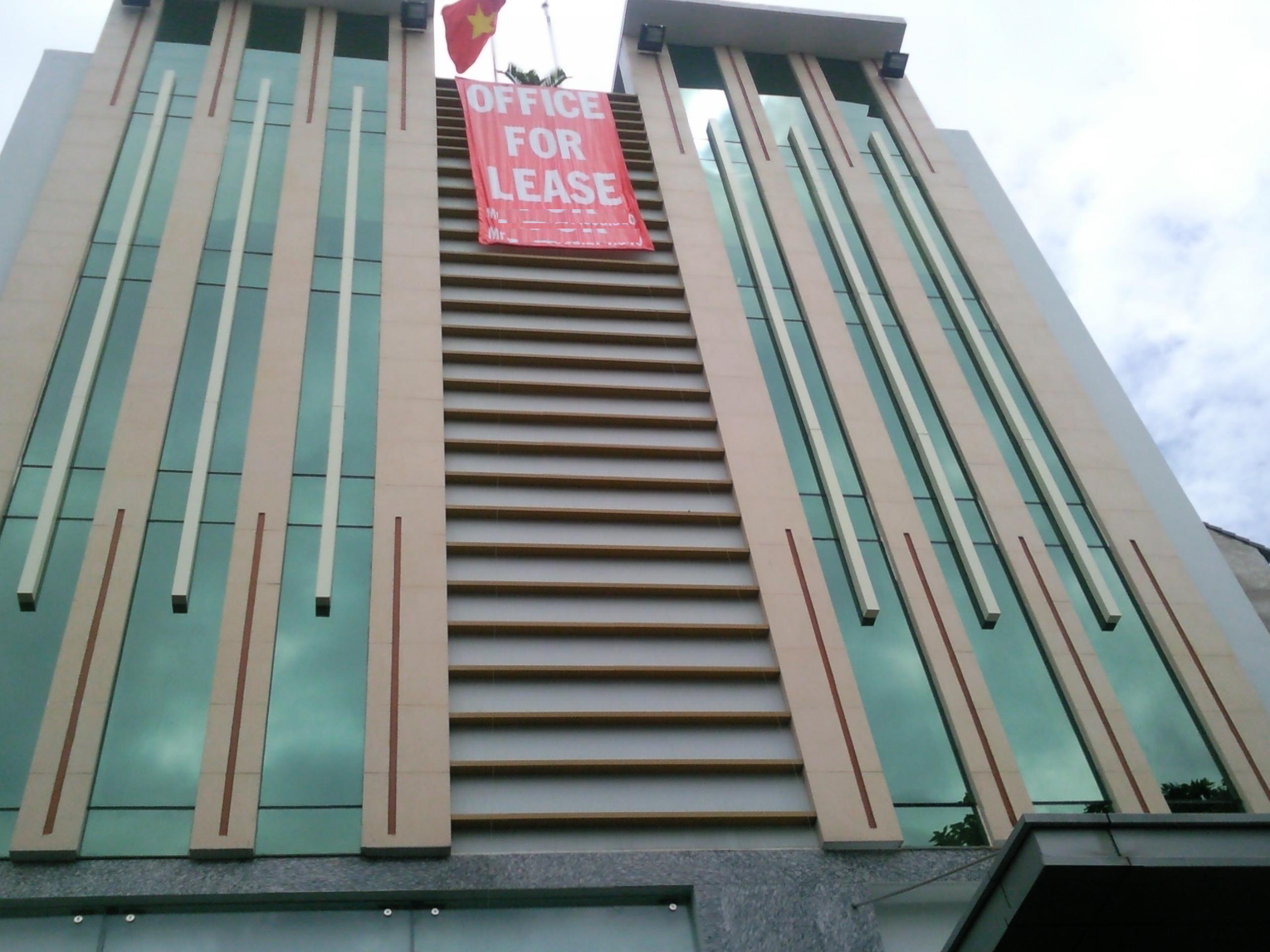 Văn phòng cho thuê: Hà Nội khó khăn, TPHCM kì vọng phục hồi