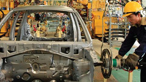 Doanh nghiệp ô tô kêu thiệt do cách tính thuế