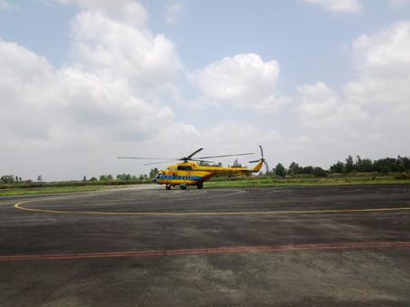 Trực thăng Mig 171 chuẩn bị xuất phát từ sân bay Cà Mau (Ảnh: Huỳnh Hải)