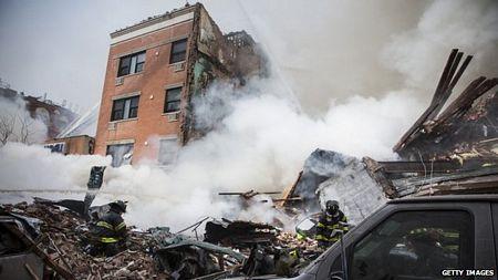 Đống đổ nát sau vụ sập chung cư.