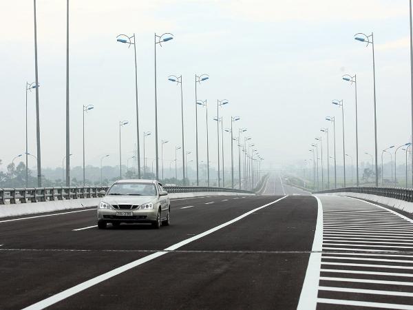 Sai lệch hàng trăm tỷ đồng tại dự án cao tốc Cầu Giẽ-Ninh Bình