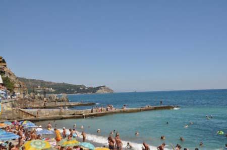 Crimea có những khu nghỉ dưỡng bên Biển Đen nổi tiếng