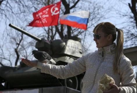Nga bị S&P hạ triển vọng xếp hạng tín nhiệm