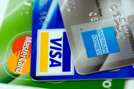 Phân biệt thẻ ATM và thẻ thanh toán quốc tế.