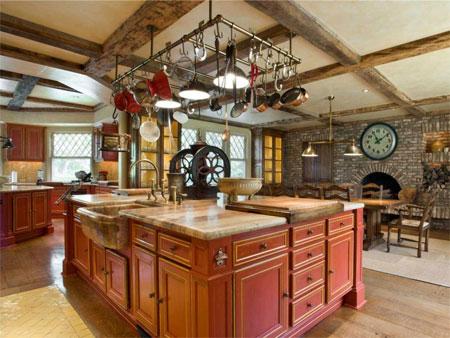 Phòng bếp tiện nghi của biệt thự.