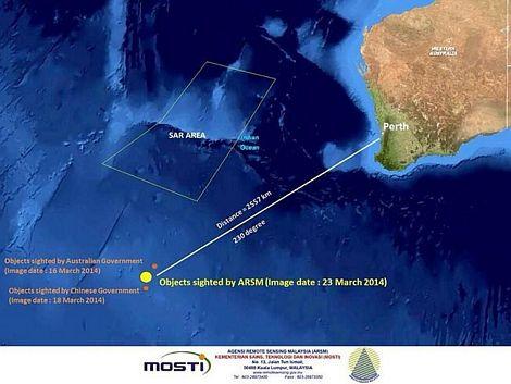 Hình tròn vàng là nơi các vật thể được nhìn thấy trên ảnh vệ tinh.