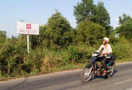 """Làm rõ nghi vấn 2,8 triệu USD """"bôi trơn"""" ở Sing - Việt City"""